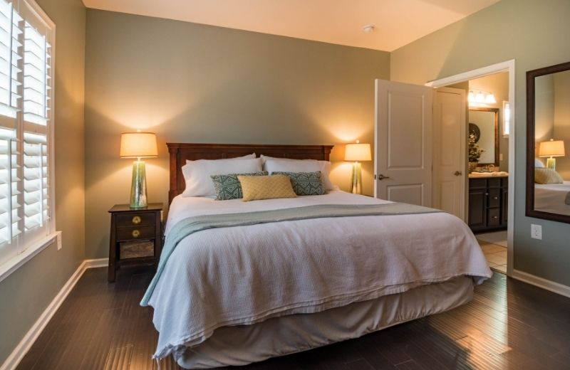7 Staging Tips That Will Impress Buyers in Your Listing Photos